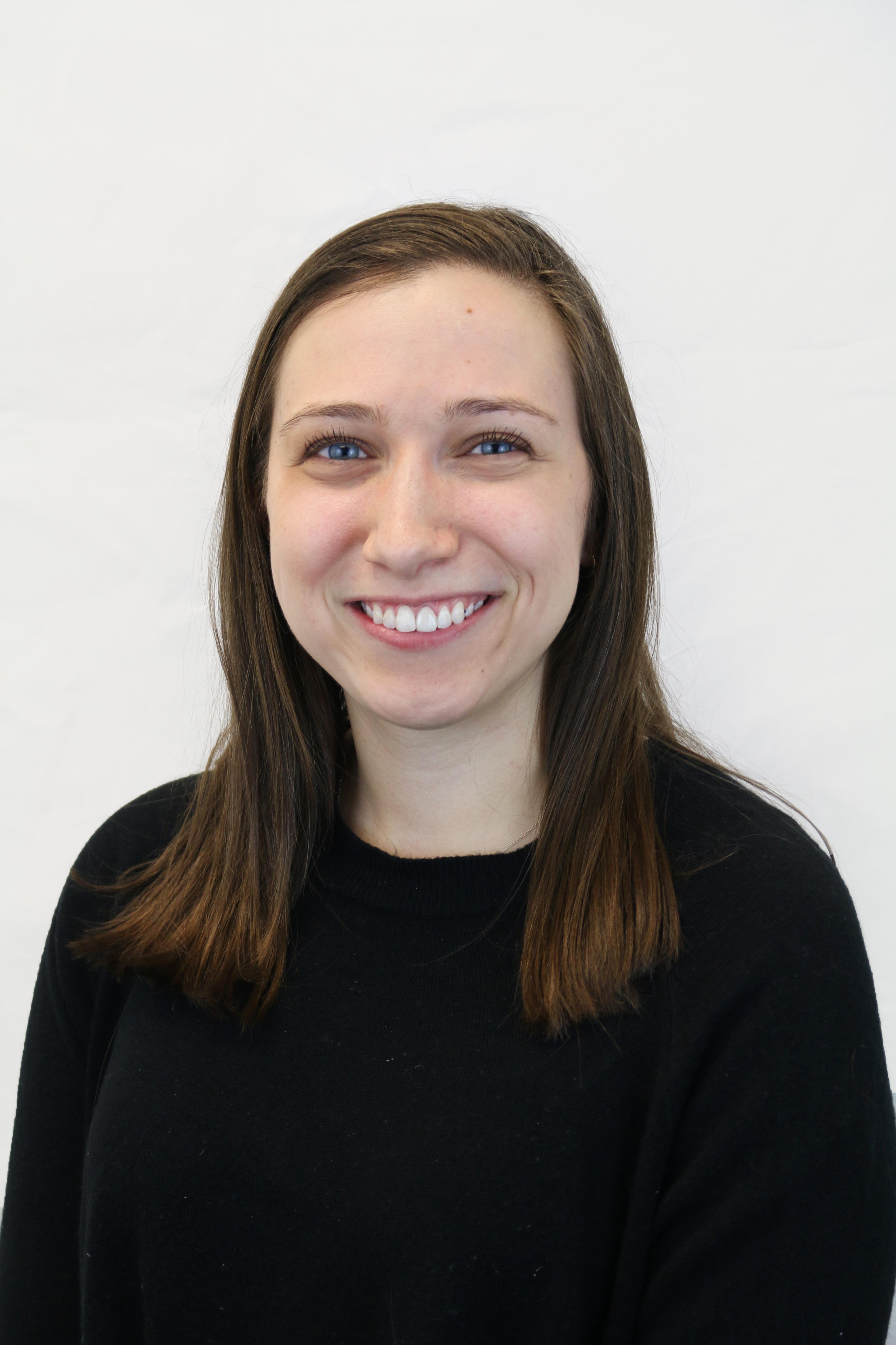Headshot of Alyssa Barzach